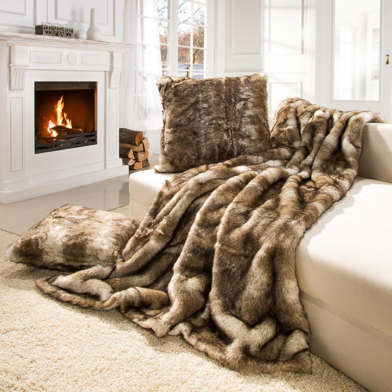 winter creation fellkissen wolf 45 x 45 cm online kaufen. Black Bedroom Furniture Sets. Home Design Ideas