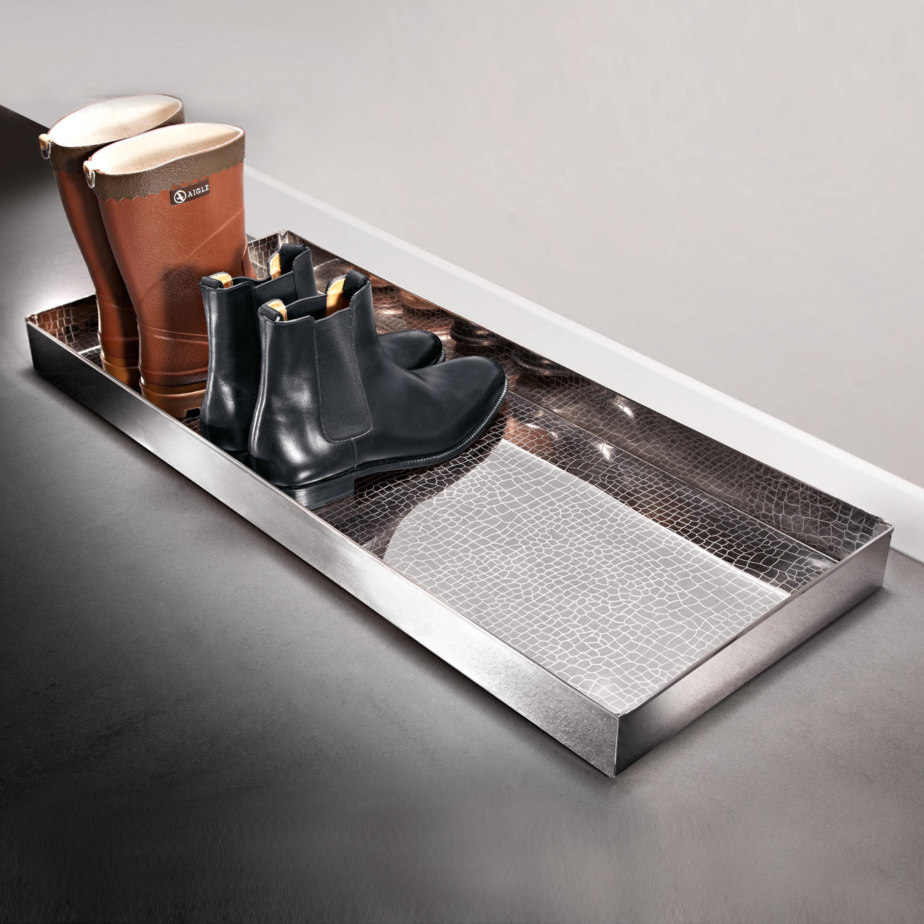 boot tray alligator 3 jahre garantie pro idee. Black Bedroom Furniture Sets. Home Design Ideas