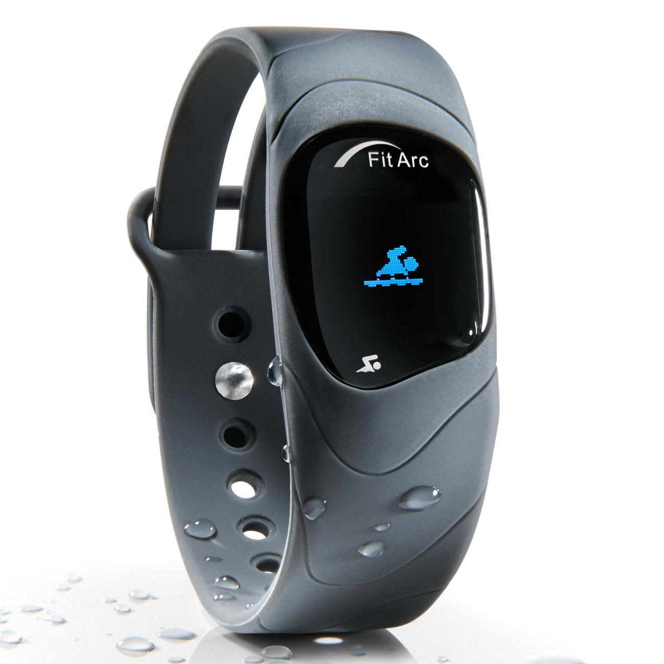Fitnesstracker Fit Arc®-Reflex Die innovativen Sensoren des Fitnesstrackers erkennen und analysieren alle Ihre Bewegungsabläufe - auch im Wasser.
