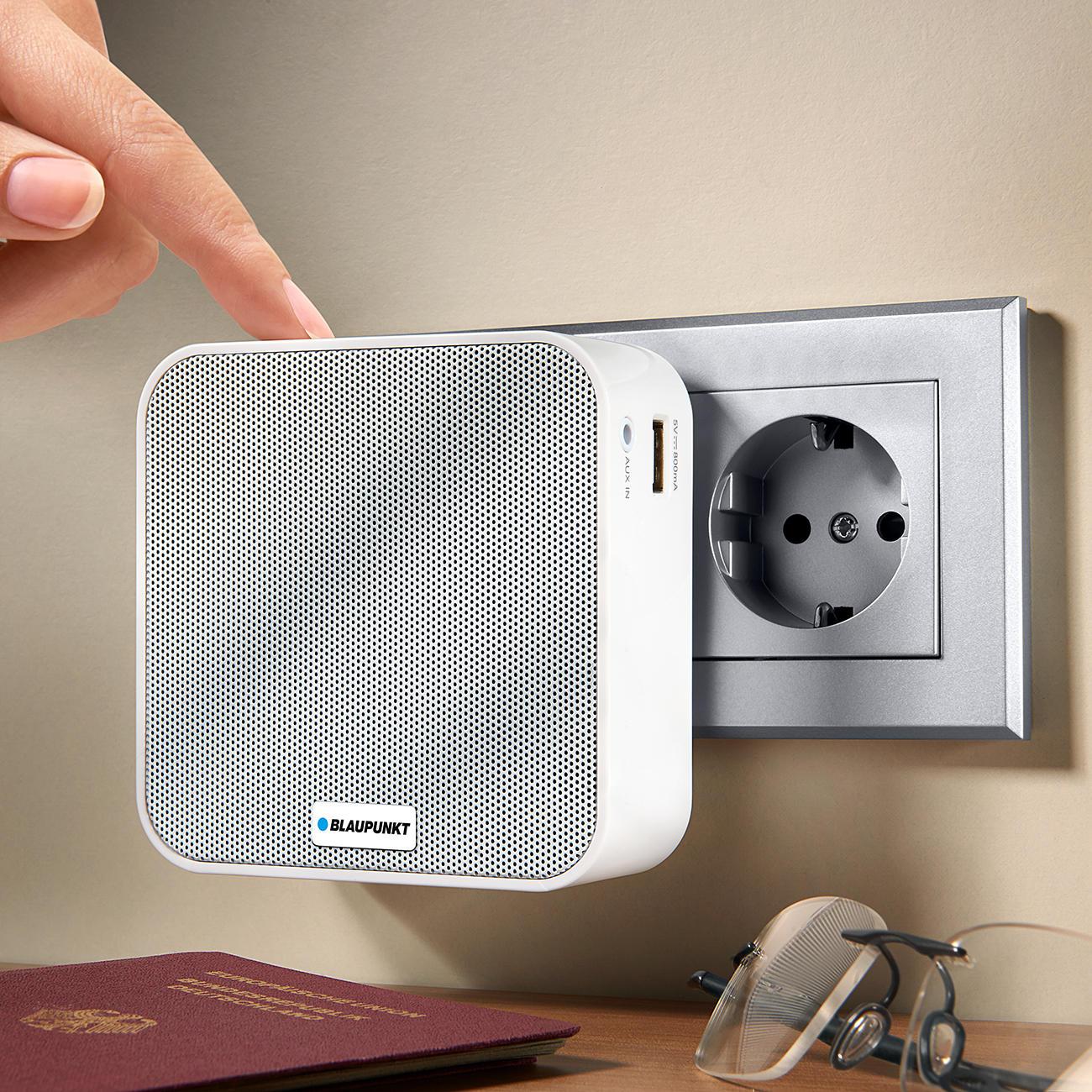 blaupunkt prb 10 steckdosenradio mit bluetooth powerbank und freisprecheinrichtung. Black Bedroom Furniture Sets. Home Design Ideas
