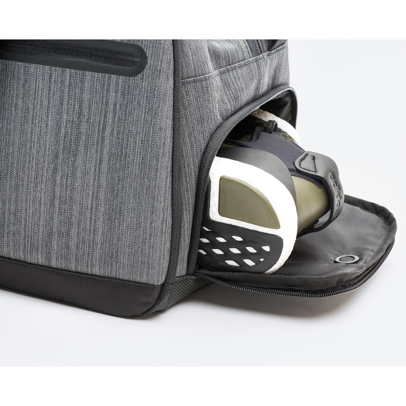 mub weekender reisetasche 3 jahre garantie pro idee. Black Bedroom Furniture Sets. Home Design Ideas