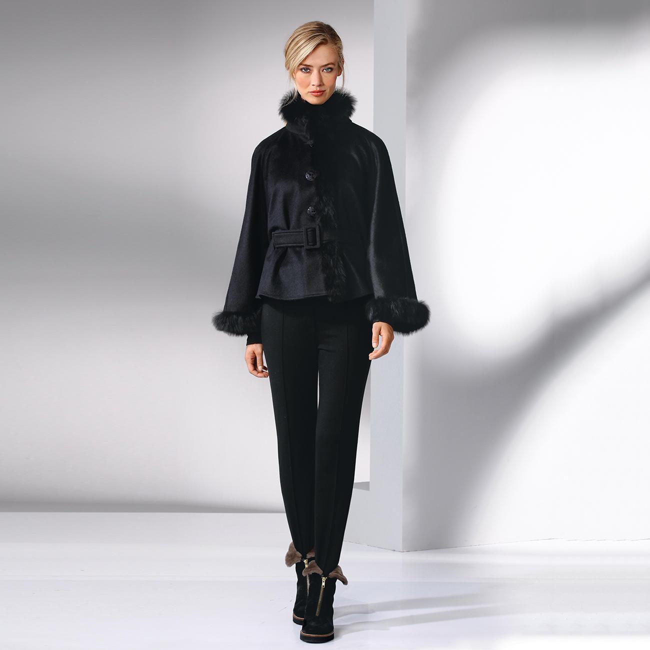 baby alpaka cape schwarz mode klassiker entdecken. Black Bedroom Furniture Sets. Home Design Ideas