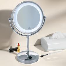 Villeroy & Boch Kosmetikspiegel mit Licht - Wertvoll verchromt, mit verzerrungsfreier 3fach-Vergrößerung und heller, blendfreier LED-Beleuchtung.