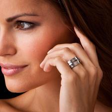 Contura®-Profil-Titanring - Das Profil eines lieben Menschen – verewigt in einem einzigartigen Ring.