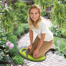 Kniekissen Kneelo™ - Ideal beim Gärtnern, Renovieren, Putzen. Aber auch für kalte Stadion-Sitze und Parkbänke.