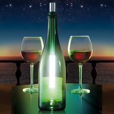 In einer Flasche verbreitet die strahlend helle Superflux LED ein angenehm diffuses Licht.