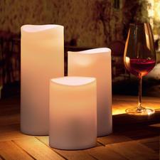 LED Outdoor Kerze - Warmes, lebendiges Kerzenlicht – aber gefahrlos und immun sogar gegen Regen.