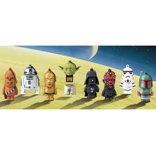 Von links nach rechts: Han Solos Copilot Chewbacca, Droide R2-D2, Droide C-3PO, Jedi-Meister Yoda, Sith-Lord Darth Vader, Sith-Lord Darth Maul, Elite-Soldat Stormtrooper und Kopfgeldjäger Boba Fett.   © 2012 Lucasfilm Ltd. & TM
