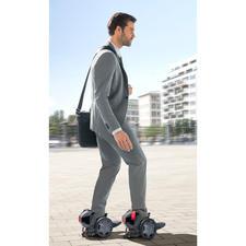 RocketSkates - Rollschuhe - aber elektrisch. Genial cooler Fahrspaß - mit bis zu 19 km/h Spitzengeschwindigkeit.