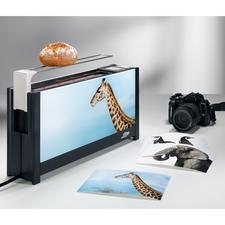 Auf wwww.mein-toaster.de laden Sie Ihr Wunschmotiv hoch und können Ihren Toaster so individuell gestalten.