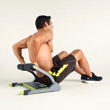 Auch die Arm- und Rückenmuskulatur können Sie perfekt mit dem WonderCore Smart aufbauen und stärken.