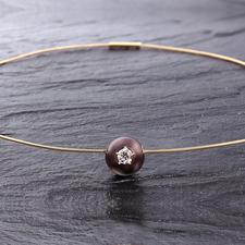 Diamant-Perlen-Collier - Außergewöhnlich: Ein brauner Diamant, gefasst in einer kostbaren Tahiti-Zuchtperle.