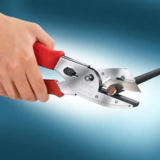 Amboss-Schere - Der vielseitige Powerschneider: minimaler Kraftaufwand. Sauberer, glatter Schnitt.