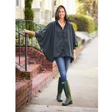 """Pocket-Regenponcho """"Sport-Style"""" - Selten ist Regenschutz so chic und feminin. Der Pocket-Poncho mit Reißverschluss und Stehkragen-Kapuze."""