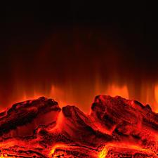 Täuschend echt: Tiefrote Glut und geheimnisvoll züngelnde Flammen.
