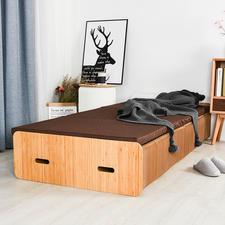 Auf Bettlänge ausziehbar – und tragfähig bis 300(!) Kilo.