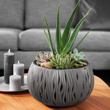 """Pflanzgefäß """"Sandwellen"""" - Aus robustem, recyclebarem Polypropylen. Für alle Blüh- und Grünpflanzen. Zum erfreulich günstigen Preis."""