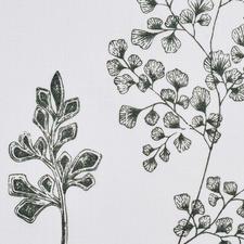 Der detailreiche Handdruck gibt die botanischen Motive besonders naturgetreu wieder.