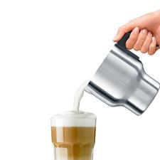In ca. 2:24 Min. sind z.B. 200 ml Milch (9 °C) auf 60-65 °C erhitzt und feinporig aufgeschlagen.