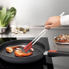Küchenpinzette mit aufsteckbaren Silikonspitzen - Die Küchenpinzette der Profis: hochwertig aus Edelstahl mit aufsteckbaren Silikonspitzen.