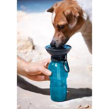 AutoDogMug™ Hundetrinkflasche - Überall: frisches, sauberes Wasser für Ihren Hund.