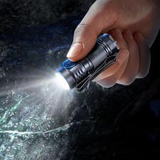 1.000 Lumen Mini-Taschenlampe - Die neueste Generation Mini-Taschenlampe. Noch kleiner. Noch leichter. Noch stärker.