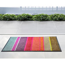 Flache Design-Fußmatte - Passt unter nahezu jede Tür: die ultraflache Design- Fußmatte aus saugstarker Nylon-Faser.