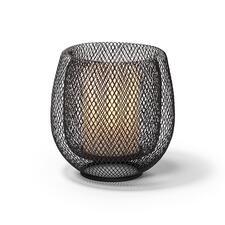 Zaubert ohne eingesetzten Glaszylinder eine helle, zugleich geheimnisvolle Lichtstimmung.