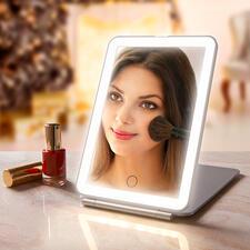 Klapp-Kosmetikspiegel - Extra große Spiegelfläche. Optimale Ausleuchtung. Elegantes, flaches Design.