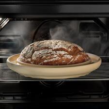 CeraFlam®Backplatte Bread&Cake - Ihr selbstgebackenes Brot: rundum gleichmäßig gebräunt, mit köstlich knuspriger Kruste.