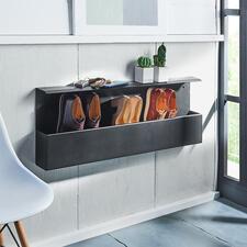 Design-Schuhbox - Dänisches Design hält Ihre Schuhe bequem in Greifhöhe – und den Fußboden frei. Die stylishe Wandbox fasst 4-5 Paar: ordentlich aufgereiht, mit einem Griff parat.