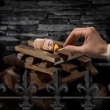 Mit nur einem Anzünder entfachen Sie spielend auch größere Mengen Grillkohle oder Holz für Kamin- und Lagerfeuer.