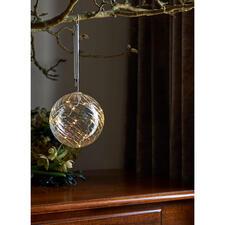 Glaskugel mit Mikro-LEDs - Sternenstaubfeiner Lichterzauber – hochaktuell in edlem Glas.