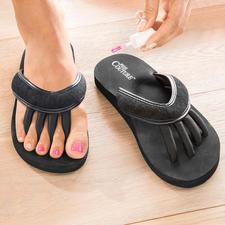 Zehenspreizer-Sandalen - Genial: Die Sandale für entspannte Zehen und perfekt lackierte Nägel.