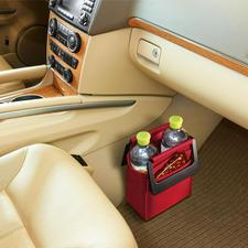 Roadbag - Viel praktischer. Und sicherer: die standfeste Fußraumtasche fürs Auto.