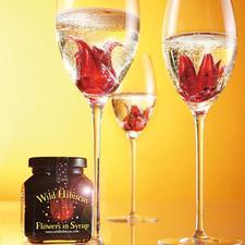 """""""Wild Hibiscus Flowers"""" in Sirup, 2er-Set - Wilde Hibiskusblüten in perlendem Champagner. Ein Hochgenuss für Auge und Gaumen."""