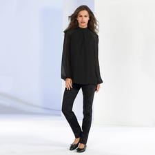 Versace Collection Chiffon-Bluse oder Ornament-Jeans - Vielseitiges Trend-Ensemble von Versace: Tagsüber elegant. Abends rockig. Nie overdressed.
