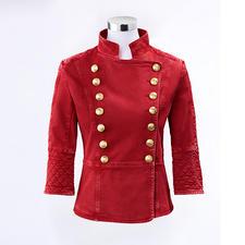 Pierre Balmain Military-Jeansjacke, Vintage Red - Typisch Pierre Balmain – und jetzt Top-Trend: Der Military-Look kommt in Rot.