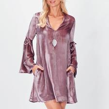 SLY010 Seidensamt-Kleid - Krönung des Samt-Trends: das Kleid aus exquisitem Stretch-Seidensamt von SLY010.