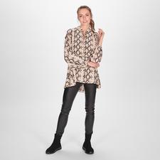 SLY010 Pythonprint-Tunika - Fünf Fashion-Facts, vereint auf außergewöhnlich elegante Art. Von SLY010.