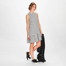 SLY010 Polka Dots-Kleid - Modisch doppelter Punktesieg: das Polka Dot-Kleid mit feiner Lochstickerei. Von SLY010, Berlin.