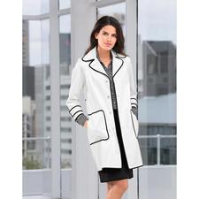 TWINSET Regenmantel - Zurück in der Mode: Der Lackmantel aus den 60ern ist stylischer Regenschutz von heute.