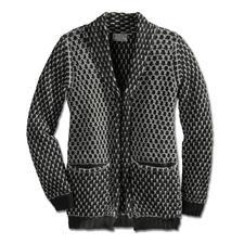 Alpaka Waben-Jacke - Schwarz/Weiß, Waben, Kastenform: Eine so zeitgemäße Alpaka-Jacke ist schwer zu finden. Vom Spezialisten Raffa in Peru auf Handstrickmaschinen gefertigt.