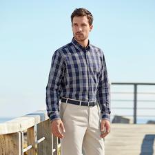 Ingram Etamin-Hemd - Perfekt bei 30 °C und mehr: das Hemd aus seltenem Etamin-Stoff. Trotz eingewebter Klimaporen blickdicht.