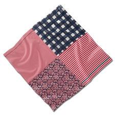 Vario-Tuch - Das wohl variabelste Tuch in Ihrem Kleiderschrank. 3 Farben. 4 Muster. Unzählige Styling-Möglichkeiten.