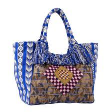 Boho-Sommertasche - Beach Bag, Shopper und Statement-Tasche in einem. Und gleich mehrfach trendy: Boho-Style. Blau. Fransen. Eckige Form.