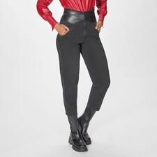 Pinko Slouchy-Jeans - Auf jedem Fashion-Radar: Slouchy-Jeans. Bei Pinko modisch top mit Wickelgürtel.