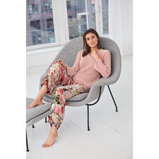 TWINSET Loungewear-Pullover oder -Hose - Stylisch ist das neue gemütlich: So trendy kann bequeme Loungewear sein. Von TWINSET.