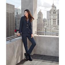 T-Jacket Jersey-Jeans-Anzugjacke oder -Hose - High-Fashion mit Homewear-Feeling: der Jeans-Hosenanzug von T-Jacket.