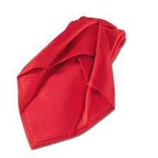 Durch 7-maliges In-einanderfalten und die doppelte Menge an Seide erhält diese Krawatte ihr sanftes Volumen.